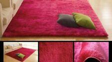 Tappeti, corsie e moquette rosa per la camera da letto
