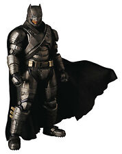 Armored Batman - V Superman Mafex N. 23 Action Figure Medicom Toy DC Comics 17cm