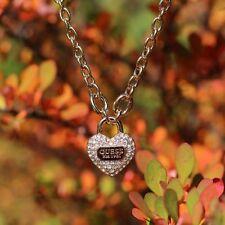 Modeschmuck-Halsketten & -Anhänger aus Kristall und Edelstahl