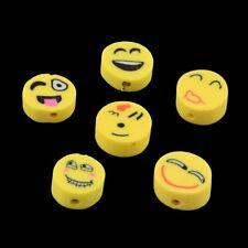 50 X Mixte Emoji Polymer Clay Spacer Beads Sourire Visage