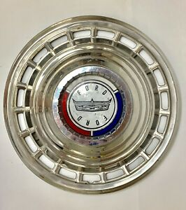 1963 Ford Galaxy  Hubcap, really nice used