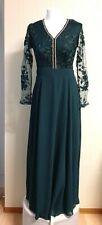 Damen Langes Abendkleid mit Zierstein-Applikationen und Spitze dunkelgrün Gr. 38