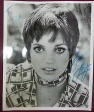 "LIZA MINNELLI Signed Fan Photo 8"" x 10"""