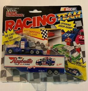 RACING CHAMPIONS HUT STRICKLAND RAYBESTOS MINI HAULER 18 WHEELER AND CAR NOS