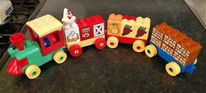 LEGO DUPLO TRAIN ENGINE CARRIAGE TRUCKS AND UNIQUE BLOCKS LOVELY CHICKEN DRIVER