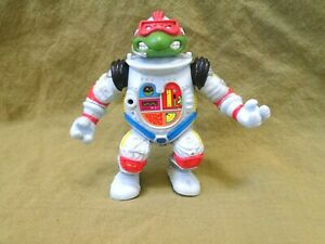 1990 Teenage Mutant Ninja Turtle: Raphael The Space Cadet Action Figure