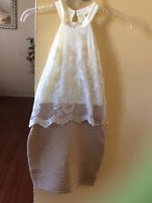 WOMEN'S EVENING DRESS, GOLD AND CREAM  LACE SLEEVE LESS DRESS SIZE S