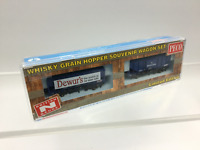 Peco NR-P502 N Gauge Bulk Grain Wagon Set Dewar's & White Horse Whisky
