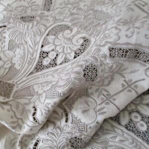 "Vintage Creamy Ecru Linen + Lace 135"" Tablecloth LAVISH Hand Embroidery Cutwork"