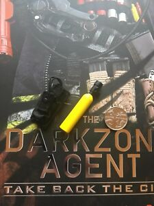 Virtual Toys The Dark Zone Renegade Air Canister & Pouch loose 1/6th scale