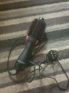 Revlon Pro Collection One-step Hair Dryer and Volumiser Brush
