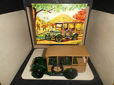 AVON 1923 STAR STATION WAGON CAR BOTTLE , TAI WINDS AFTER SHAVE / PERFUME , FULL
