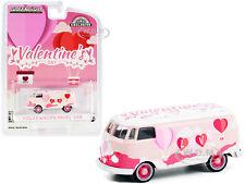 """Volkswagen Panel Van """"Valentine'S Day 2021"""" 1/64 Diecast Model Greenlight 30251"""