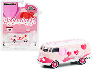 "VOLKSWAGEN PANEL VAN ""VALENTINE'S DAY 2021"" 1/64 DIECAST MODEL GREENLIGHT 30251"