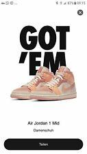 Nike Air Jordan 1 Mid Apricot Orange EU 42.5 US 9 WMNS 10.5