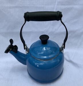 LE CREUSET Blue Classic Steel Tea Kettle Teapot 2.1 Liters / 2.2 Quart