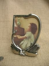 VTG Silver Plated Easel Back Child Picture Frame Featuring A Mother & Baby Swan