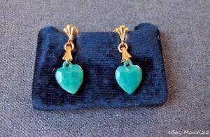 VINTAGE GREEN PEKING GLASS HEART SHAPED GOLDEN METAL EARRINGS UNUSED  8262C  #A
