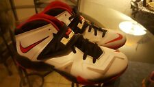 LEBRON JAMES,Size 12, Soldier VII, Red and black Nike.Basketball shoes,Zoom