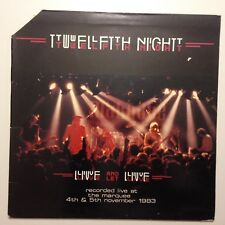 DISQUE 33T TWELFTH NIGHT LIVE AND LET LIVE