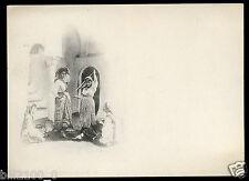 carte postale ancienne . cliché signé A.Leroux .danse du foulard. Alger .Algérie
