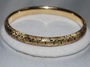 10k Gold Bangle with Beautiful Design