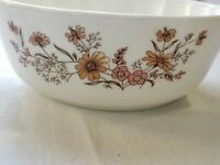 "Vintage 1-1/2 QT 8"" Pyrex Bowl made in ENGLAND COUNTRY AUTUMN Casserole"