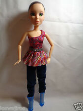 """2009 Spin Master Liv Doll Green Eyes w/ Outfit & Boots - No Wig 12"""""""