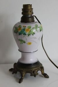 Pied de Lampe Faïence et Bronze Décor Floral Jaune Vert Fin XIXe Pattes de Cerf