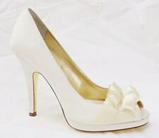 Nina Pumps Peep Toe Evelixa Ruffle Detail Satin Ivory Off White Bridal 7.5 Prom
