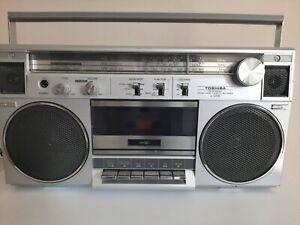 TOSHIBA RT-120S Stereo Radio Cassette Ghetto Blaster Boombox 80s TAPE DECK FAULT