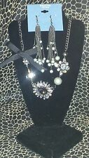 SIMPLY VERA WANG NWT $62 women's necklace and earrings set pewter gray pearl