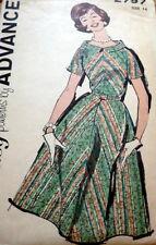 LOVELY VTG 1960s DRESS ADVANCE Sewing Pattern 14/34