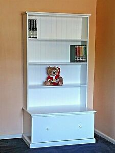 6x3 bookcase with large drawer