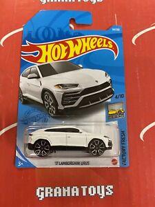 17 Lamborghini Urus #64 Factory Fresh 4/10 2021 Hot Wheels Case G