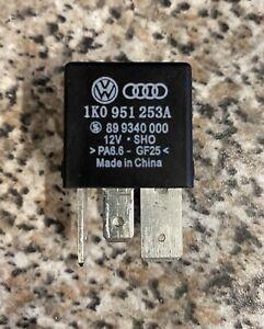 Relais 460 VW Audi Seat Skoda Arbeitskontaktrelais 1K0951253A