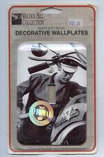 ELVIS PRESLEY Decorative Wallplate in box Desperate Enterprises Walden Hill