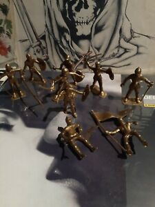 vintage Marx 1960s Gold Mounted & standing Knights Plastic Toy Figure lot of 9