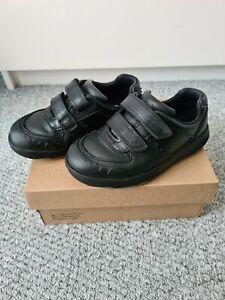 Boys Clarks Black Leather Rex Pace School Shoes Size 9.5 H
