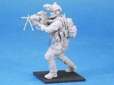 Legend 1/35 US Navy SEAL No.2 Machine Gunner aiming with Mk 48 w/Bipod LF3D002