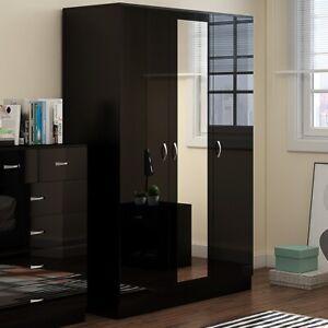 Black Gloss 3 Door Triple Mirrored Wardrobe. Full length hanging rail & shelves