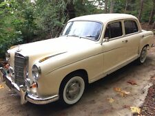 1959 Mercedes-Benz 200-Series 220S