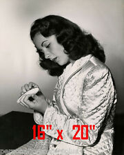 "Elizabeth Taylor~Nail Care~Pedicure~Salon Decor~Photo~Poster~ 16"" x  20"""