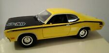 1971 Plymouth Duster 340 Yellow 1:24 Metal Model Car