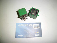 LAND ROVER FREELANDER OR DISCOVERY GREEN 5 PIN RELAY PAIR  YWB10032