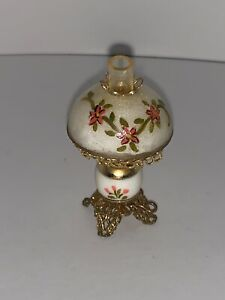 Vintage Dollhouse Miniature Mart, Ellen Krucker Blauer HURRICANE LAMP Flowers