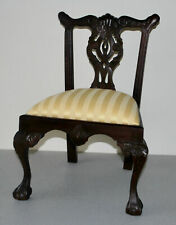 CHIPPENDALE STYLE DOLLS / TEDDY BEAR COLLECTORS DISPLAY CHAIR.