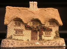 N-scale Dower House • Hand-made, Hand-painted & Nicely Detailed • David Winter