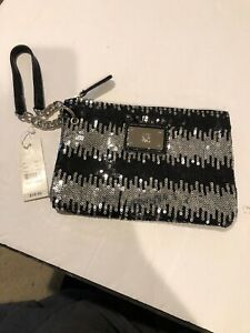 "NY& Co 7.5x 5"" Wristlet Black & Silver Sequin"