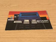 1970s/80s Calculadora Sharp primero y ante todo? (s) FOLLETO desplegable Cartel
